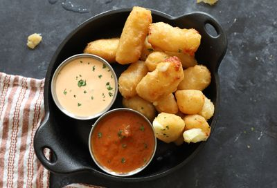 Lazy Dog Restaurant & Bar Updates their Menu with Seasonal Dishes: Cheddar Cheese Curds, Chicken Cordon Bleu & More