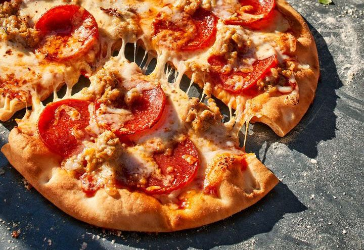 Panera Bread Dishes Up the New Sausage and Pepperoni Flatbread Pizza